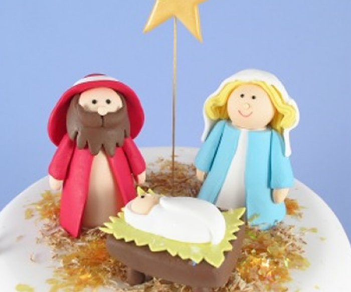 https://www.cakesaroundtown.com.au/images/product_page_big_images/claydough-mary-joseph-jesus.jpg