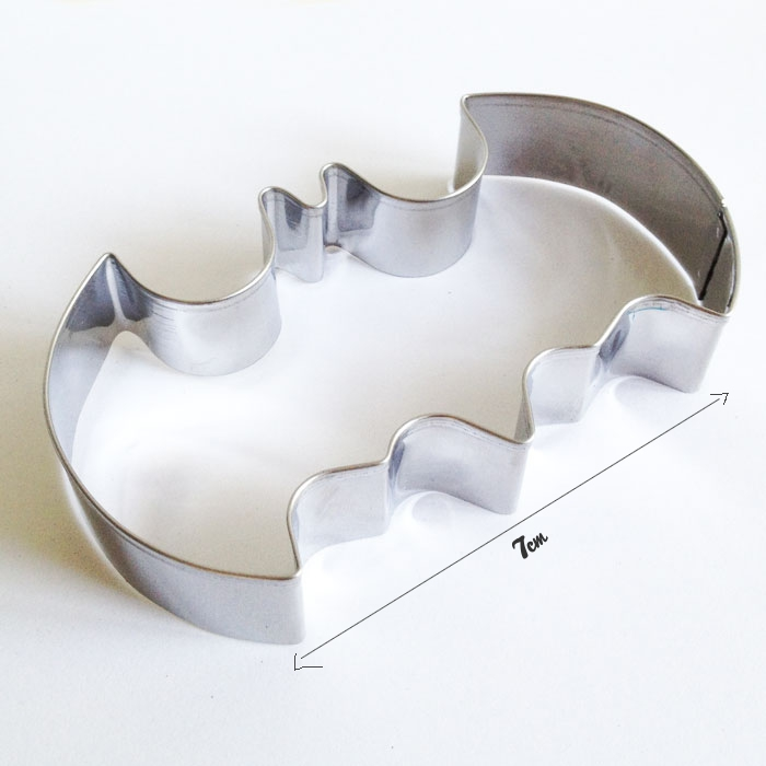 COOKIE CUTTER - Batman 3